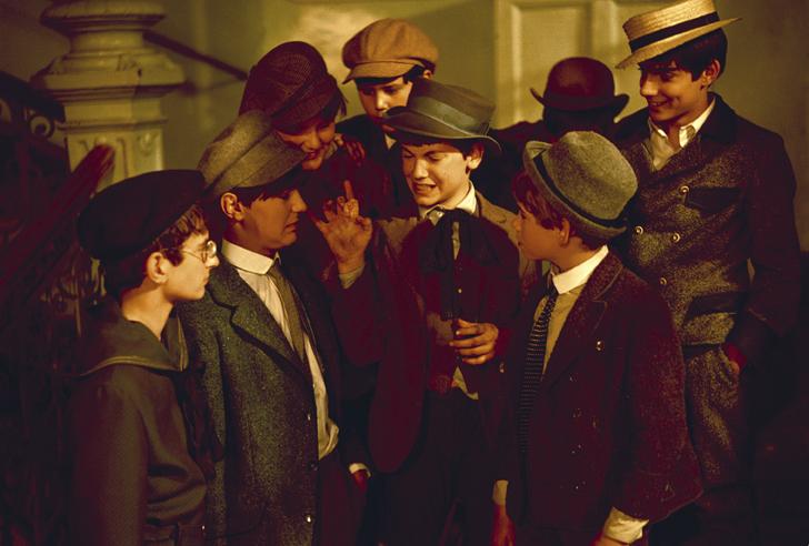 Kadr z filmu Chłopcy z Placu Broni